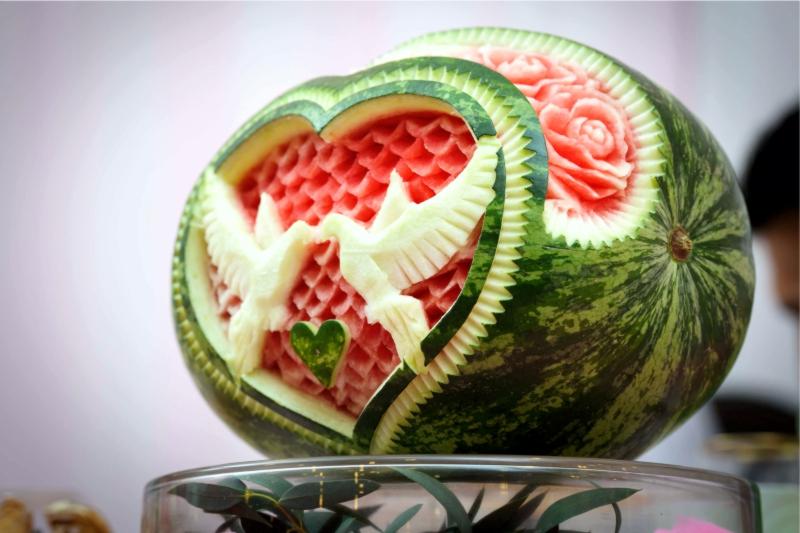 Карвинг, как называется резьба по фруктам и овощам