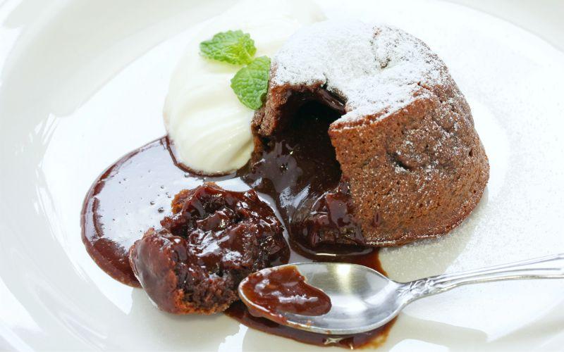 фондан, как называется пироженое с растопленным шоколадом внутри